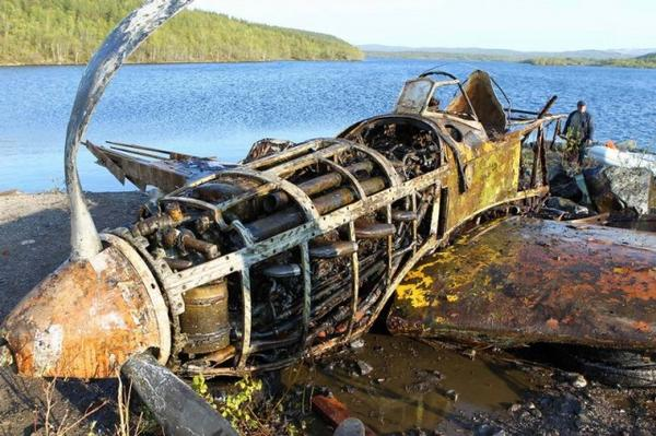 "What kind? ""@WarHistoryOL: WWII plane saved from the bottom of a Russian lake http://t.co/1cVuXDKMsW http://t.co/hWIUCZ5iDs"""
