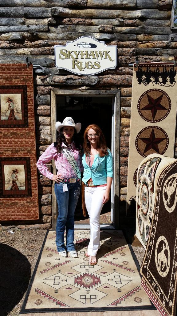A Rodeo Royalty Lady Stopped In To See Us This Morning! All The Way From  Queensland Australia!pic.twitter.com/wKTO5jUN6Q