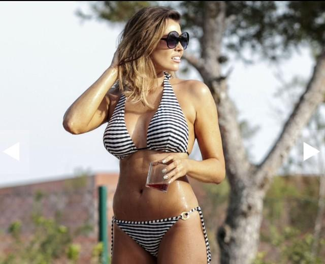 .@MissJessWright_ looking gorgeous in her Elizabeth Hurley Beach Kos bikini http://t.co/Hbcz4GHTH6