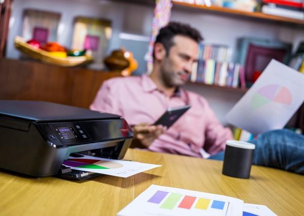 A função wireless agiliza sua vida! Com ela você imprime um documento direto do seu celular ou tablet #poenopapel http://t.co/M2xwiz9N0r