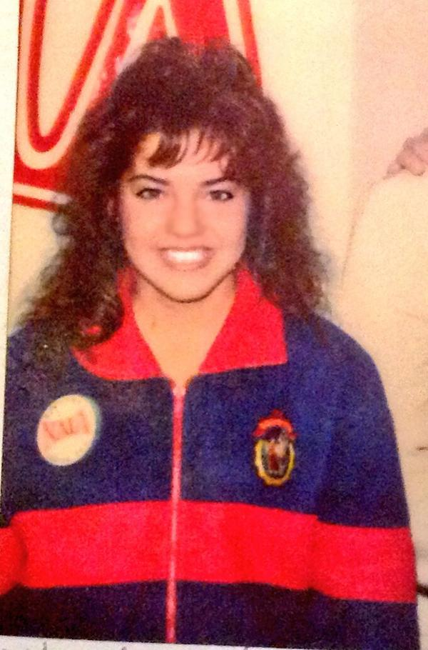 robin meade on twitter roschro nah i was in my cheer jacket lol. Black Bedroom Furniture Sets. Home Design Ideas