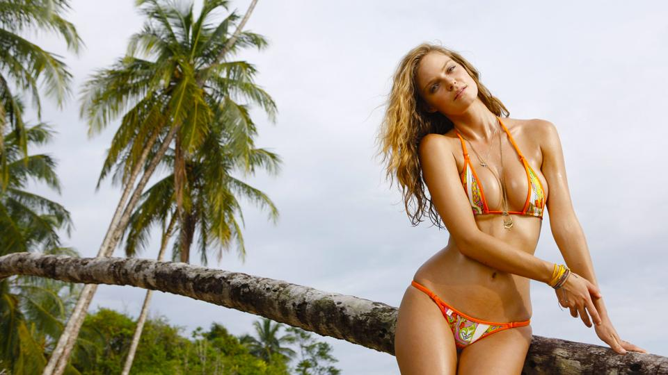 RT @SI_Swimsuit: SwimDaily #TBT presents @JessLPerez's rookie shoot from 2012. You. Are. Welcome. Vid/pics at http://t.co/dv5ieX6u0H http:/…