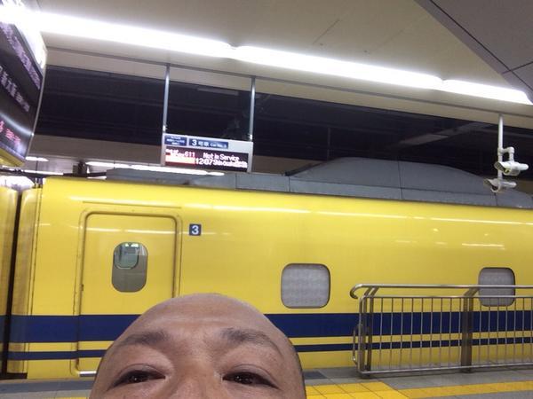 こんにちは ドクターイエロー Hello Dr  Yellow http://t.co/utIn5F7NxV