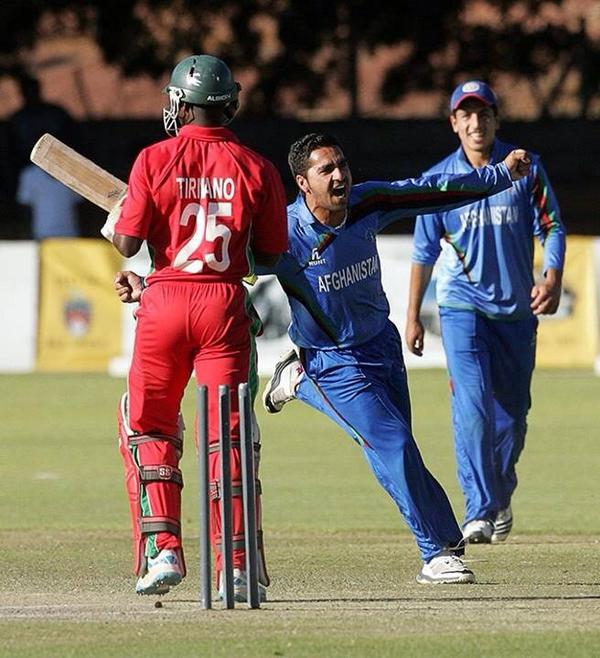 Mr Yorker Aftab alam http://t.co/29aEYxPWHz
