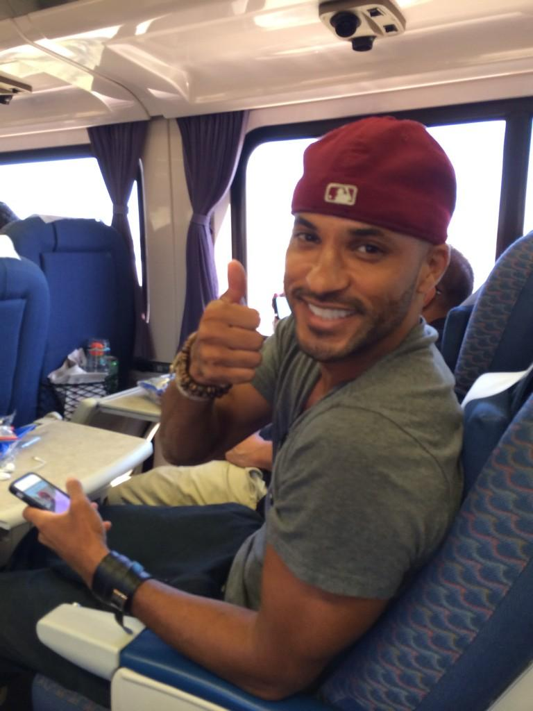 RT @sugarjonze: Train to #SDCC is always entertaining. Spotted: Melissa Leo, Shannyn Sossamon & Lincoln from #The100 @MrRickyWhittle! http:…