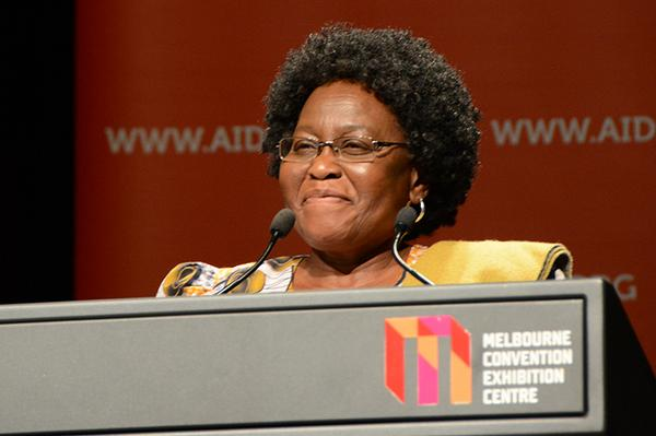 Olive Shisana, 1st African woman to chair an @iasociety conf, will be co-chairing w Chris Beyrer in Durban #AIDS2014 http://t.co/ipWQeunfAV