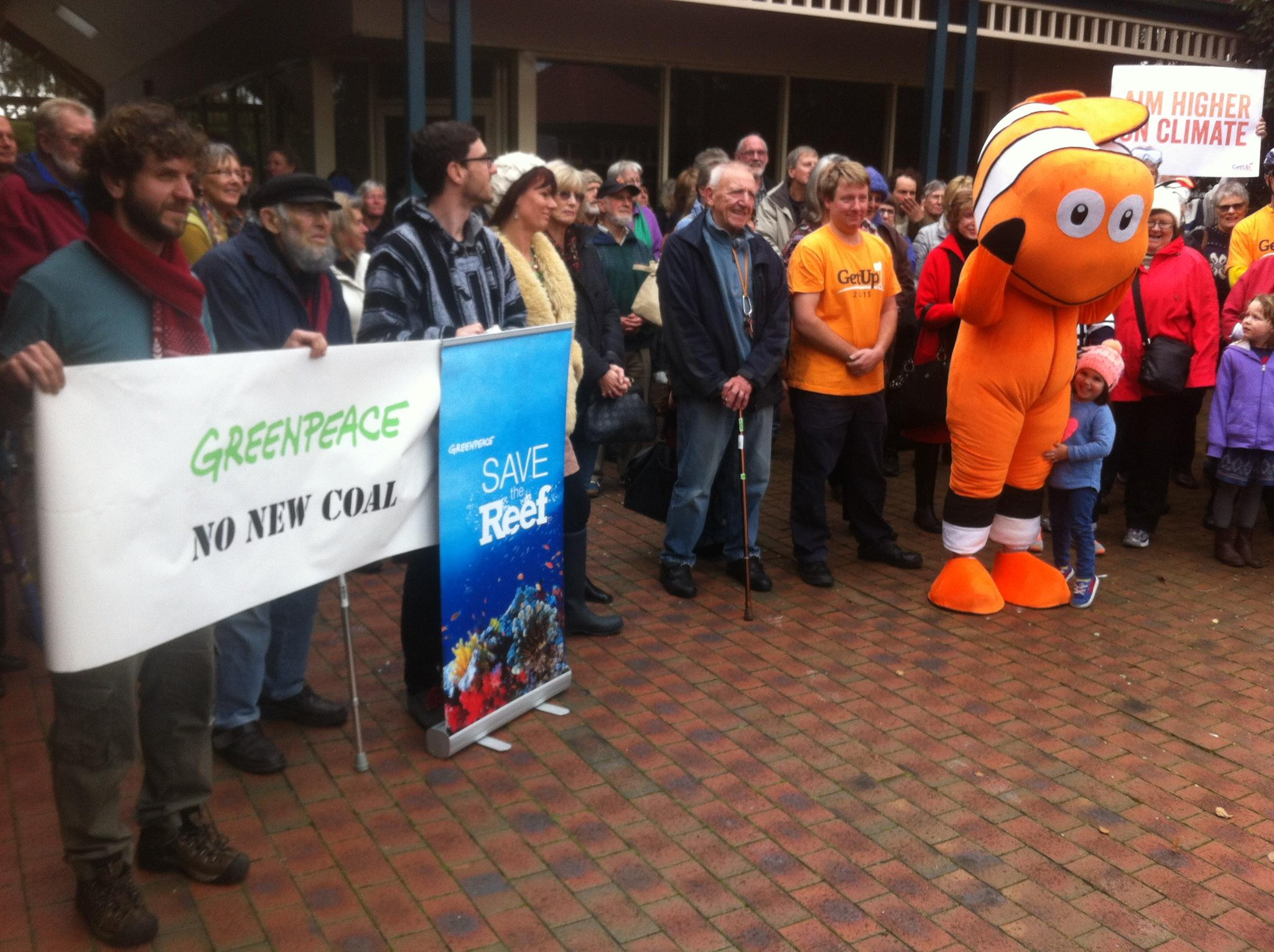 Twitter / GreenpeaceAustP: It's OK #Nemo lives and is ...