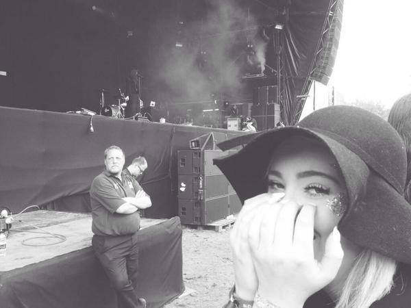Just got a ticket to see @hernameisbanks in @O2academybrix. (I'm pulling the face I did when I was at Longitude rn)