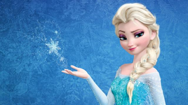 The first official photo of real-life Elsa is here! Her hair is flawless, obviously: http://t.co/pbOq60HSij http://t.co/YdYCWtjydm