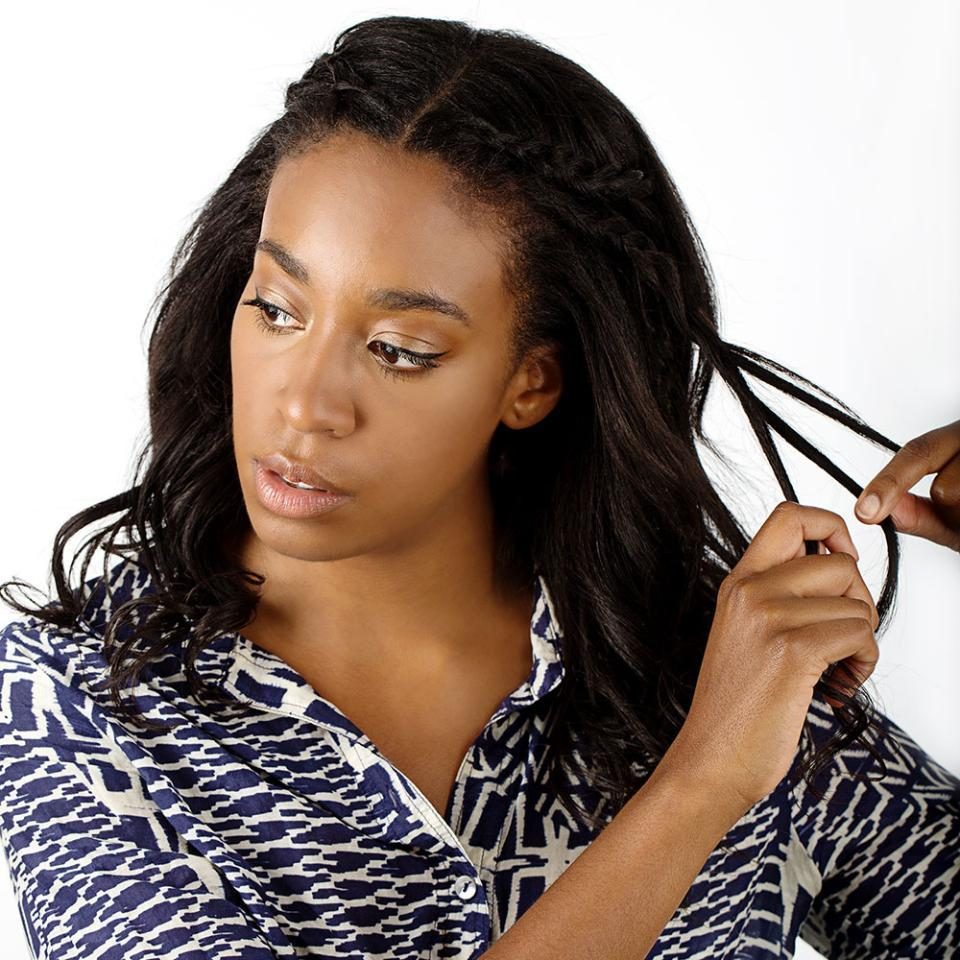 Your step-by-step guide to creating 4 gorgeous, EASY braids for summer: http://t.co/rjkdqysYUM http://t.co/igNu6ifNLG