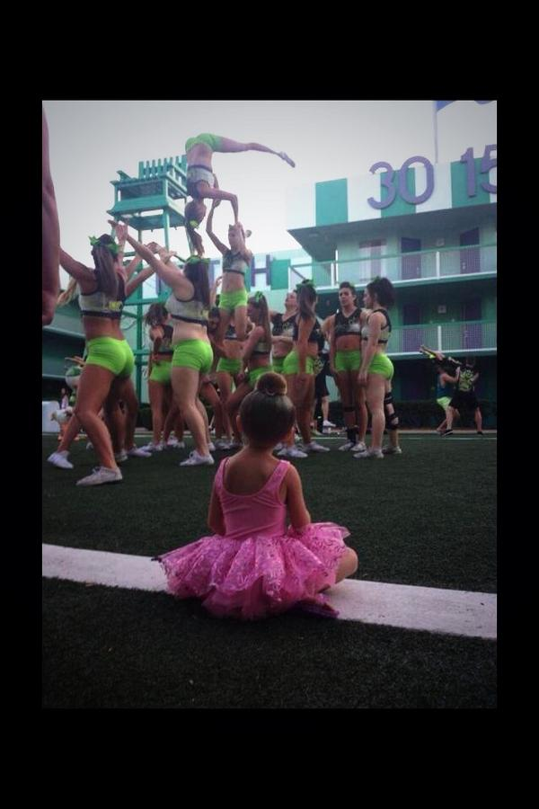 """Some where in the stands there is a little girl wanting to be just like you don't let her down ""✨ http://t.co/VRVjbfQIO7"