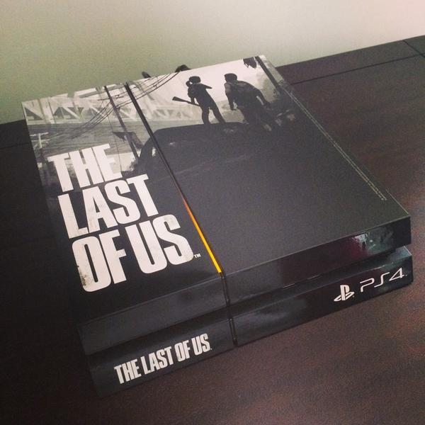 How do you like my PS4? #thelastofus #naughtydog http://t.co/GkgmIHsLNn