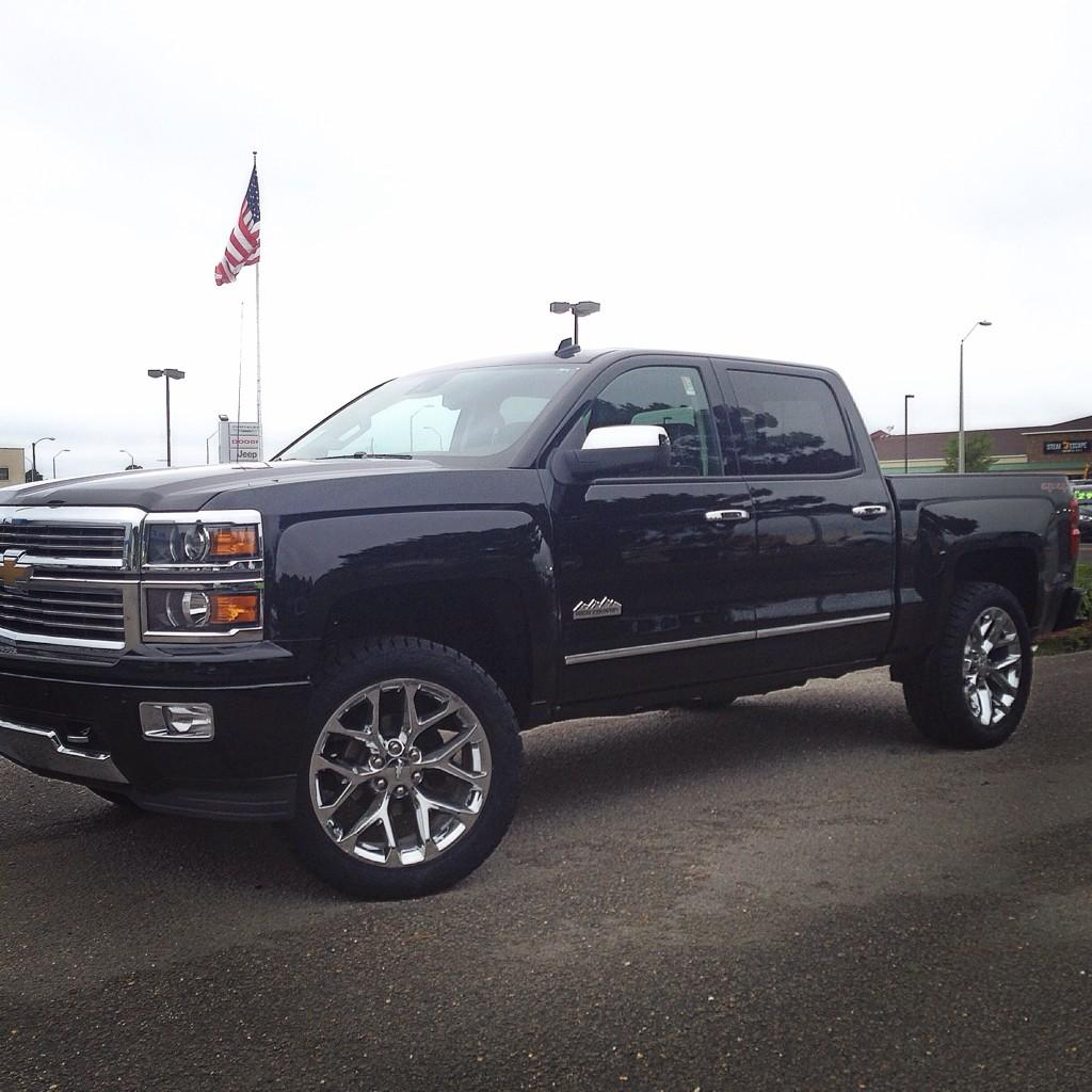 """DEOtrucks On Twitter: """"One More #chevy #highcountry"""