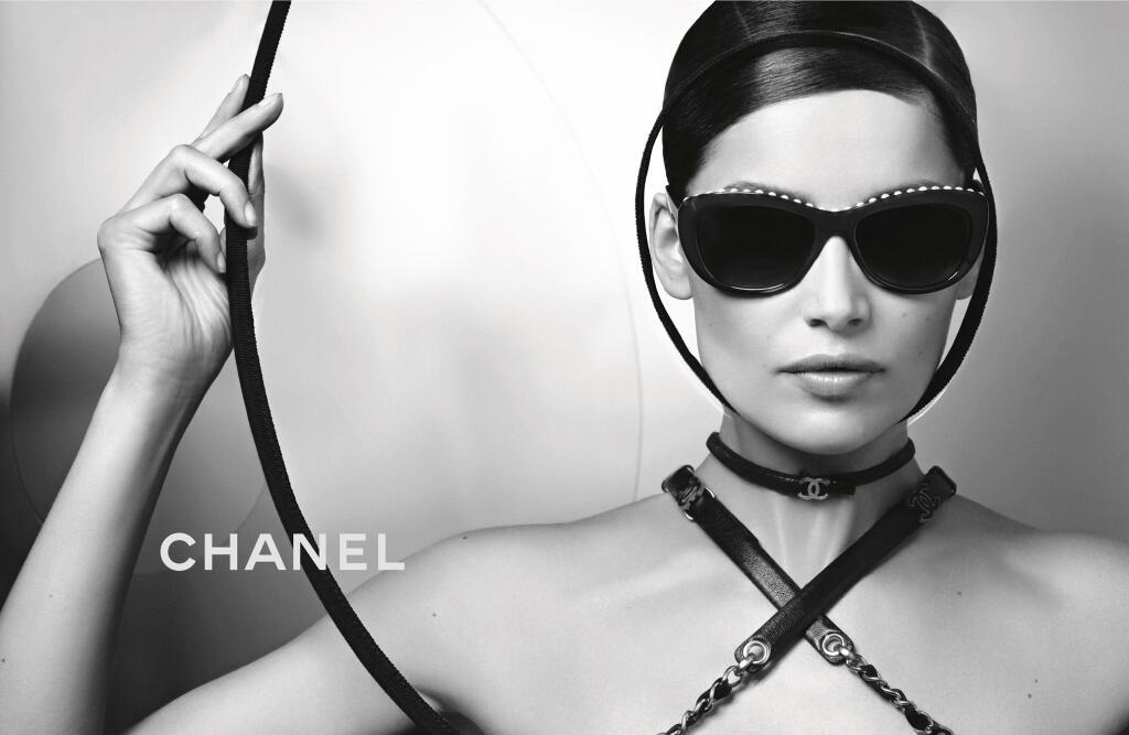 Luxottica is growing, and taking @CHANEL eyewear along with it: http://t.co/i2zrxyTOc1 http://t.co/MgXBD84fIX