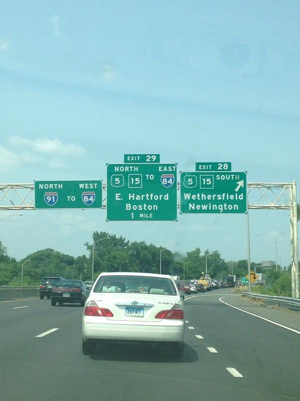That sign says Boston! http://t.co/idDyLIuu22