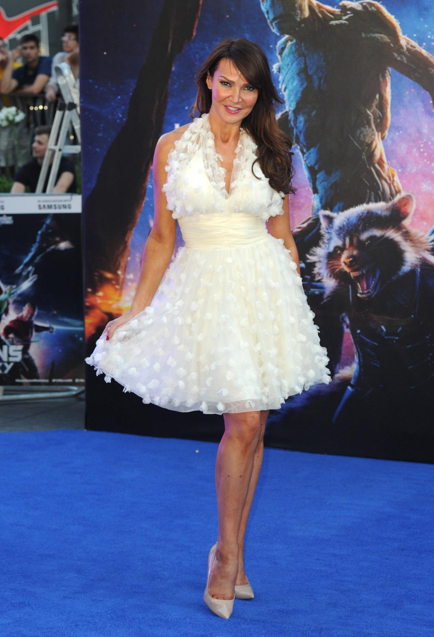 RT @hellsbe: stunning as always @lizziecundy at last night's #GuardiansOfTheGalaxy premiere http://t.co/Y4iocD8kYl