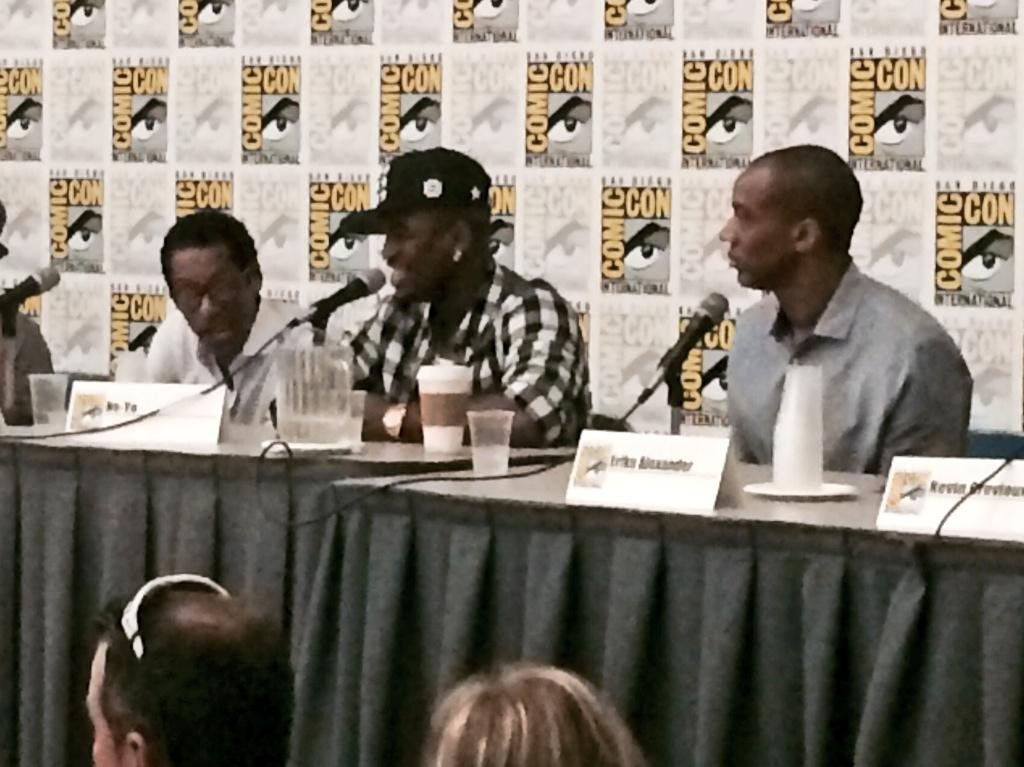 RT @onenonlyanie: L2R: @TheOrlandoJones, @NeYoCompound and @jaugustrichards… #eyecandy #TheBlackPanel #ComicCon2014 http://t.co/Y51n73XkFu