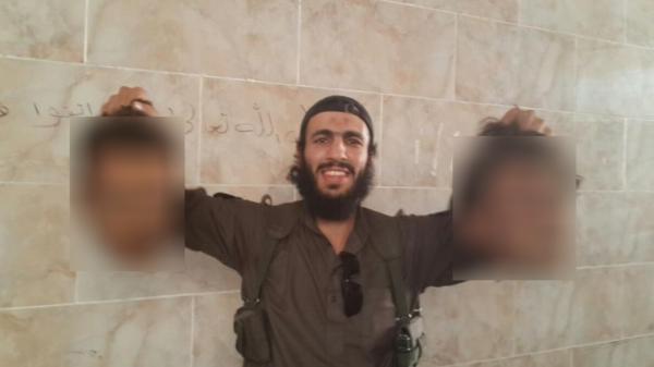 Al Arabiya English On Twitter ISIS Jihadist Shares Human Heads - Al arabiya english