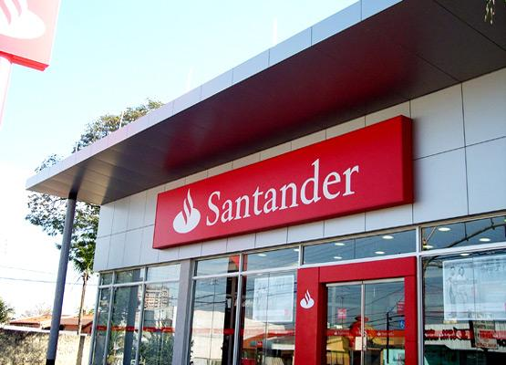 Santander lidera o ranking de instituição bancária mais reclamada pelo Banco Central - http://t.co/AhQcXgYHnc http://t.co/BQbmxcJZ0w