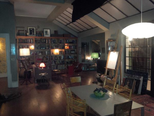Goodbye Neals apartment.....our last scene here is indeed completed.....#notadryeye http://t.co/vJ7BUhVZyQ
