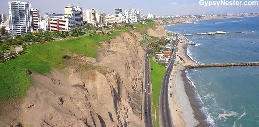 Jumping off the seacliffs of Lima, #Peru! Almost panicked out of it!-> https://t.co/ST9ulZaohl #travel #tni https://t.co/4lWVfulvC7