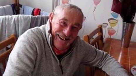 RT @GJRoberts: @AlanCarr PLS RT to help #FindArthur 73 yr old Welshman missing since June. Thanks http://t.co/AxsuFMGcuq  http://t.co/ZcYFE…