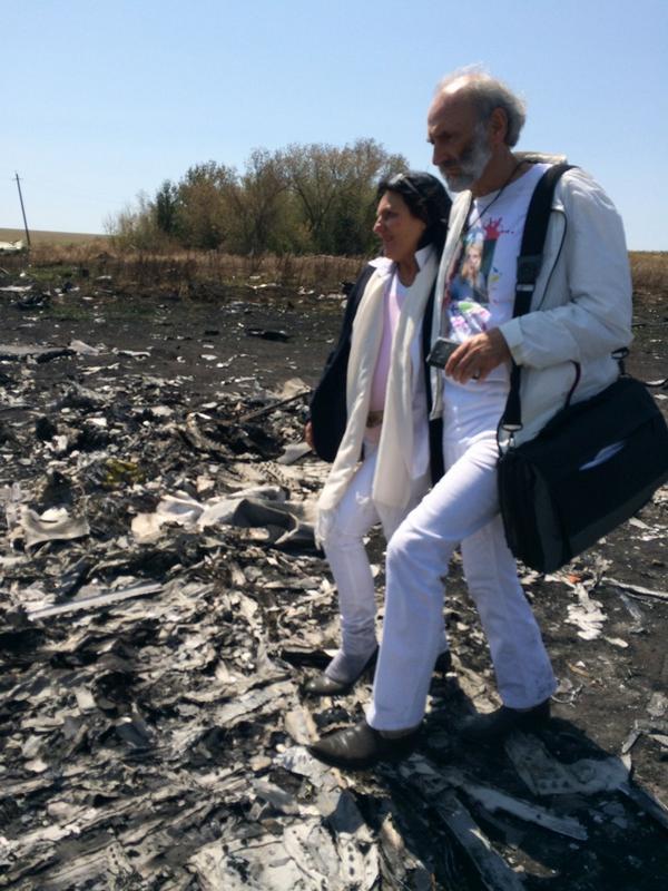 Parents of MH17 Victim Tour Crash Site in Eastern Ukraine