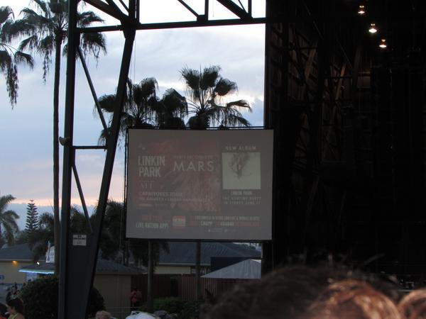 VIEW FROM FLORIDA @30SECONDSTOMARS + @linkinpark >> 14 days counting down #CarnivoresTour #WPB @adventure http://t.co/EYrVywsnno