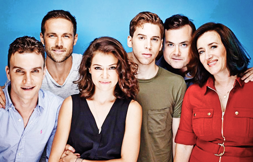 What a beautiful cast. #OrphanBlack (@AriMillen @DylanBruce @tatianamaslany @JordanGavaris @TheBruun @mariadkennedy) http://t.co/pv5nphKSwE