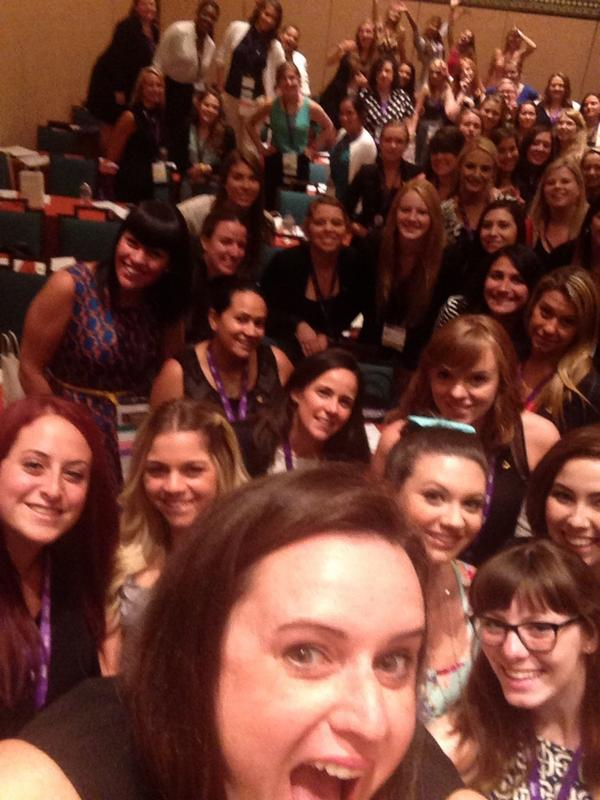 Presenting at @dphieihq Convention but first let me take a selfie! #disneydeepher #katieigb http://t.co/6ouwvmUJ8a