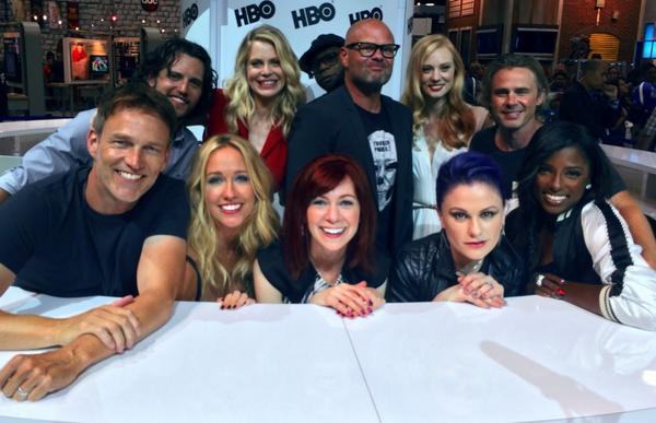 Here we are: @_smoyer @AnnaPaquin @realchrisbauer @BauervanStraten @Carrie_Preston @TheRealAnnaCamp #finalComicCon http://t.co/fJgwExNVqj