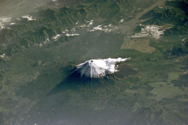 宇宙ステーションから撮影した富士山。富士山かわいいな。 pic.twitter.com/xaQEeiE1Ww