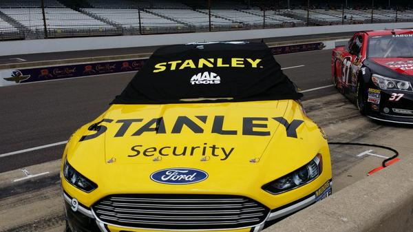 Ready to watch the STANLEY #9 race around the track!  #Brickyard400 Good luck Marcos! http://t.co/aciw1vJvuw