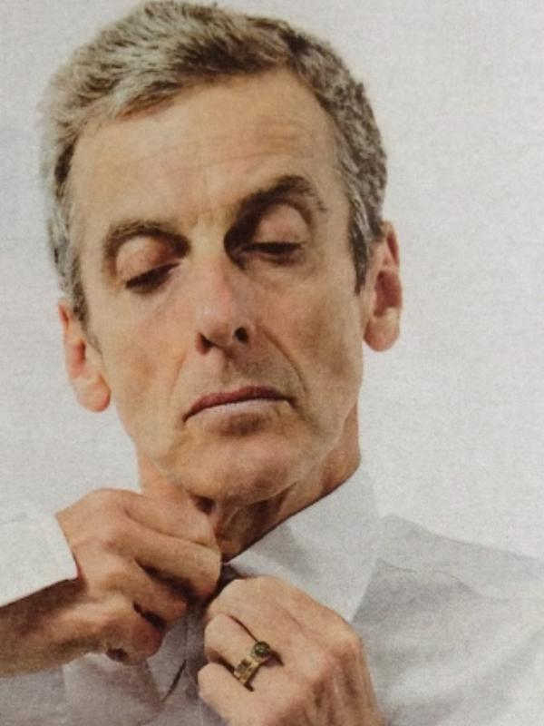 Doctor Longscarf On Twitter Who Trivia A Special Signet Ring Was Built To Hide Capaldi S Wedding Which He Won T Remove For Roles