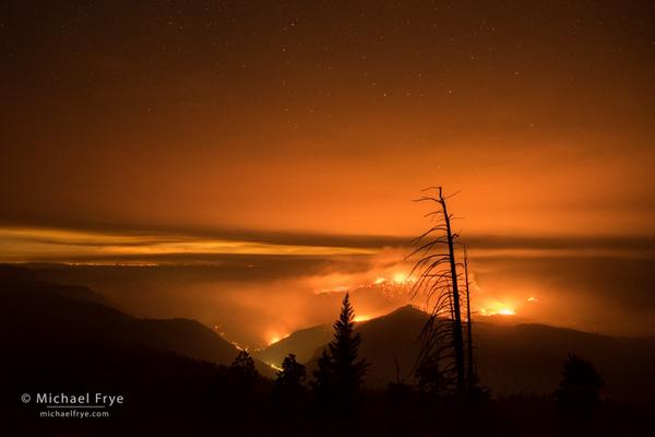 A surreal night as we discovered and photographed the #ElPortalFire - http://t.co/8nZQQmIbJd http://t.co/jNkMkUrLah