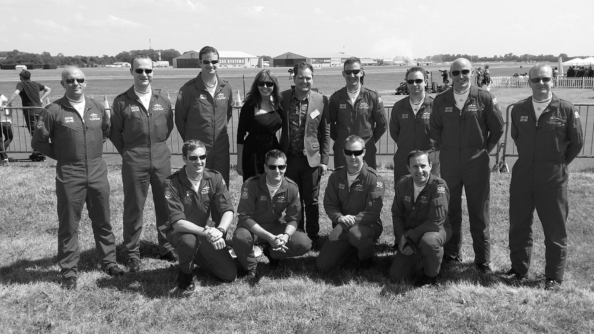 So this is @AlanCarr and yours truly 2 weeks ago with Red Arrows @airtattoo ...but someone took pic in b&w....! http://t.co/13CKtTisV8