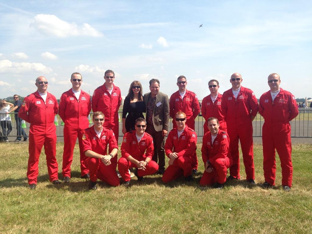 RT @ScottDodsworth: .@carolvorders @AlanCarr .. managed it in colour! Great afternoon with @RedArrowsUK @airtattoo http://t.co/jWqYbqame5