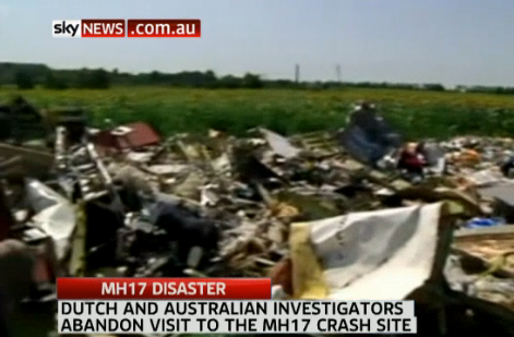 Shelling near #MH17 site blocks police: http://t.co/yyL62TUDyp http://t.co/zFA3rdQuaZ