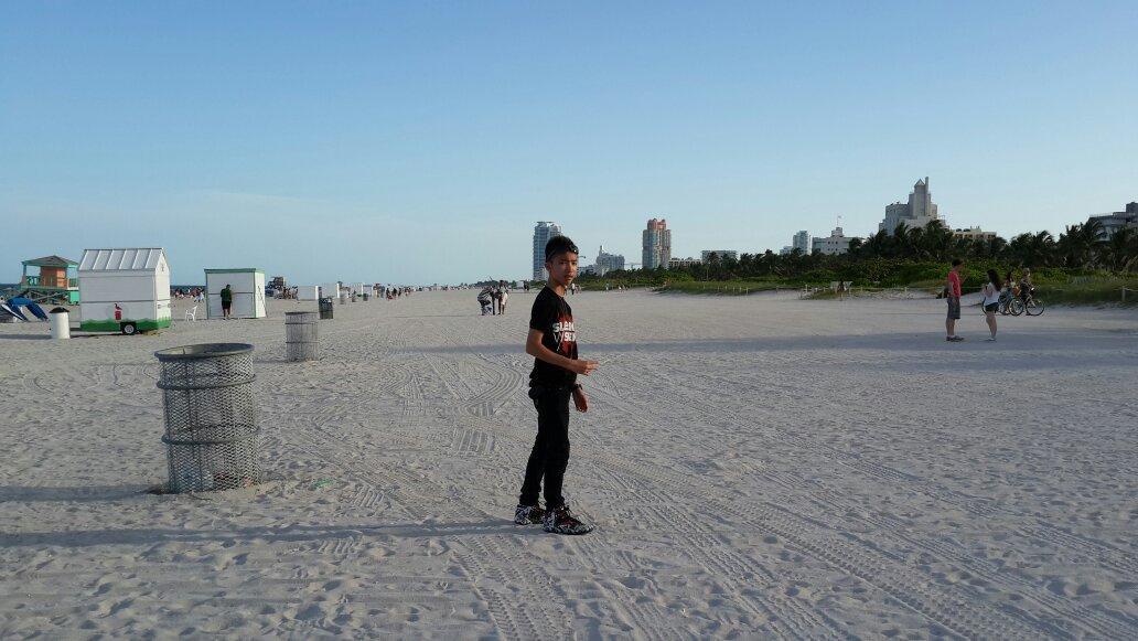 @Gavin_MJ Gavin di Miami Beach http://t.co/hOmR88bQh5