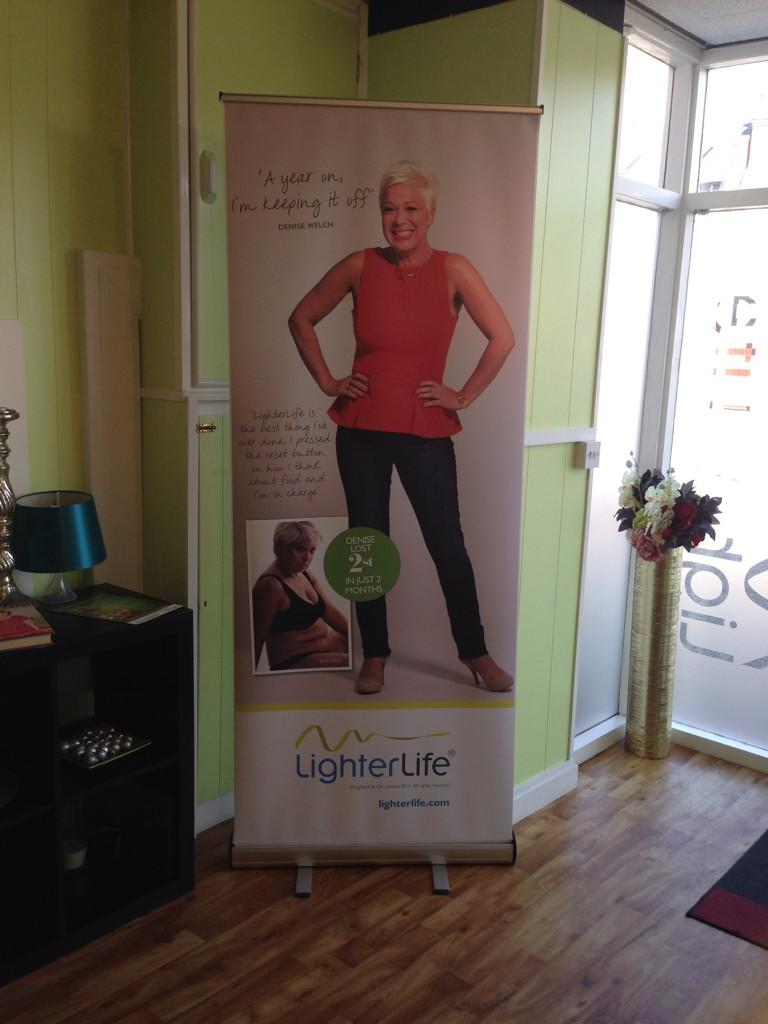RT @MrsTLClews: New addition to my office .. @RealDeniseWelch @lighterlife looking good http://t.co/j7sP4zwZ1x
