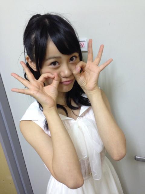伊藤美来オフショット♪  現在放送中のTVアニメ「普通の女子校生が【ろこどる】やってみた。主人公の宇佐美奈々子役で出演中♪  これからも画像UPしようかな。 #伊藤美来 #locodol_anime http://t.co/Sn2Qzpl4zx