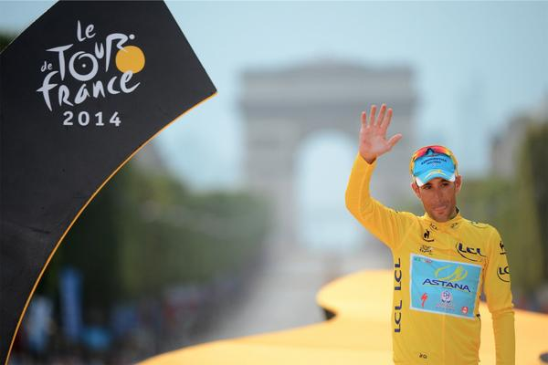 Merci Paris, Merci @letour Thanks to all my fans for the support during this Tour! http://t.co/JMRT1lA8Jm