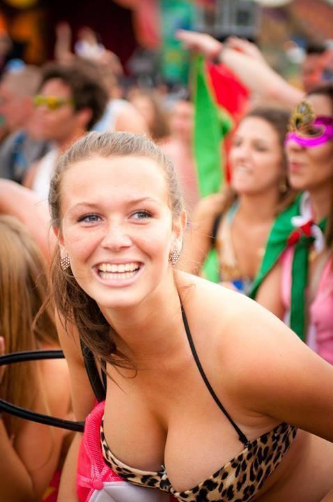 Girls tomorrowland Tomorrowland