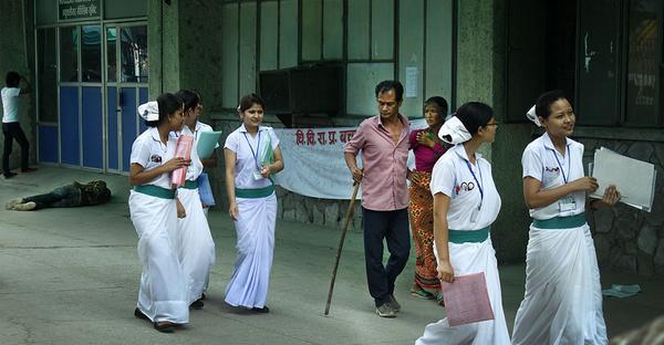 एनआरएन युकेले नेपालकै जेठो र ठूलो वीर अस्पताल सुधारको जिम्मा लिने