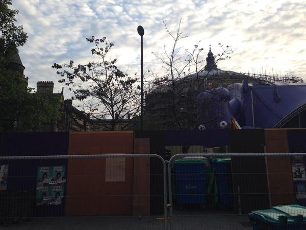 Things are happening, down at the festival... @FollowTheCow http://t.co/Ye3j5ozVYi