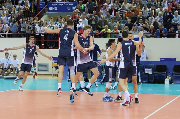 Support volleyball on TV!! Watch the U.S. Men win the @FIVBWorIdLeague gold medal tonight on @NBCSN at 7 p.m. ET!! http://t.co/8uEItjSVkb