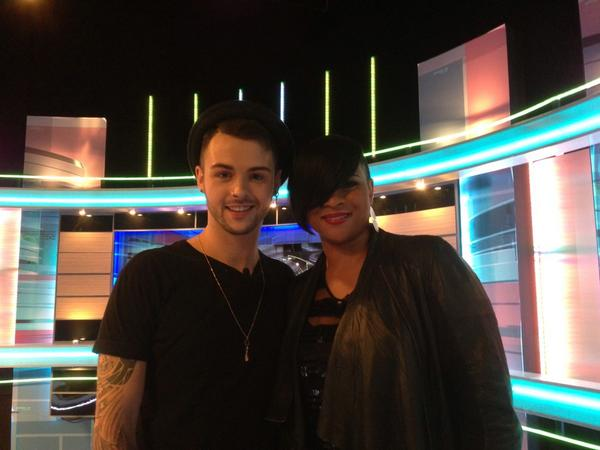 So lovely to meet @JaymiUJWorld, always loved his voice and a sweet heart x http://t.co/dRqvZf3Tq1