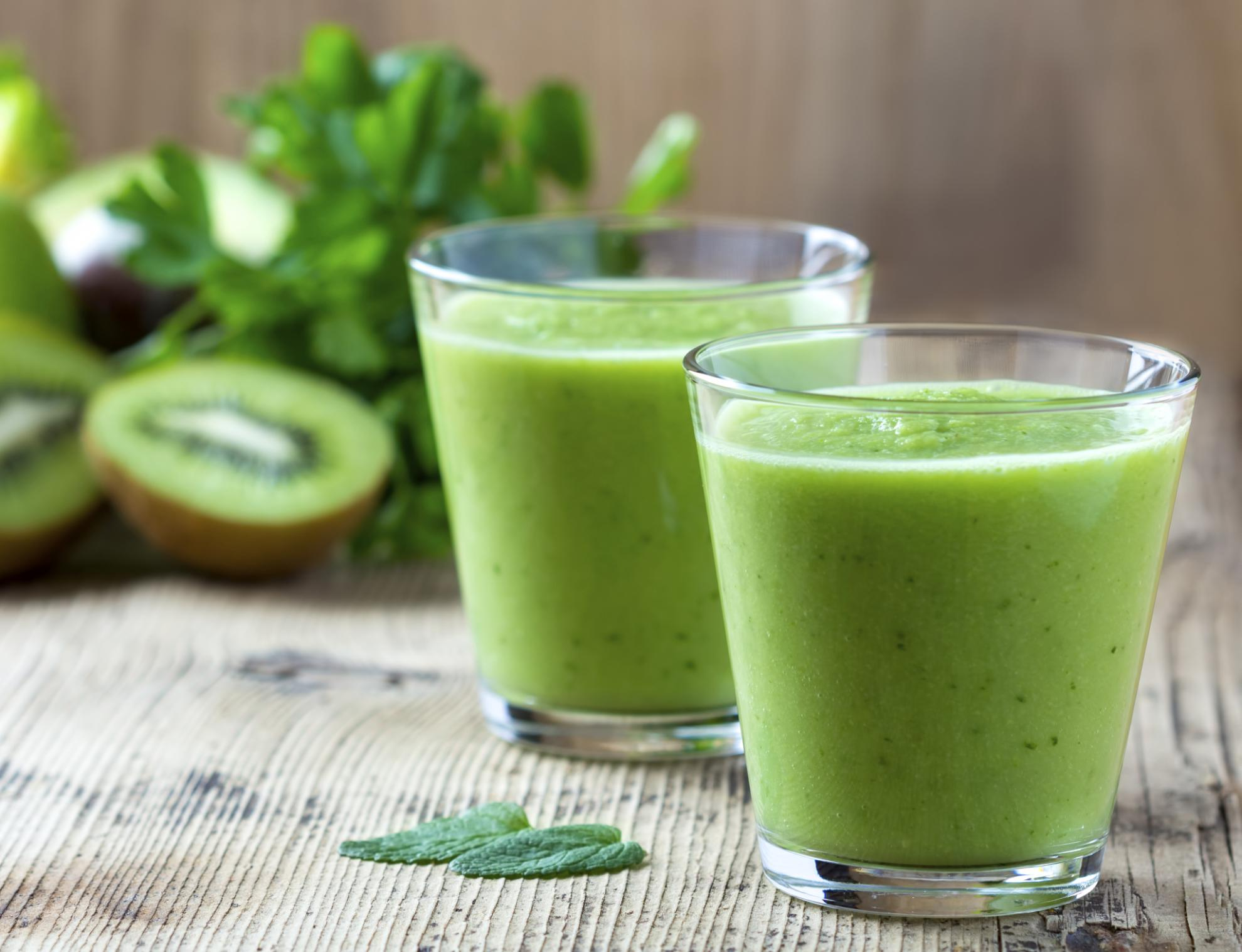 RT @AOL: Make kale juice at home with AOL Expert @MollyBSims and chef @greenjules: http://t.co/m3GQgzzYsf #AOLExperts http://t.co/8fAvbD3N5z