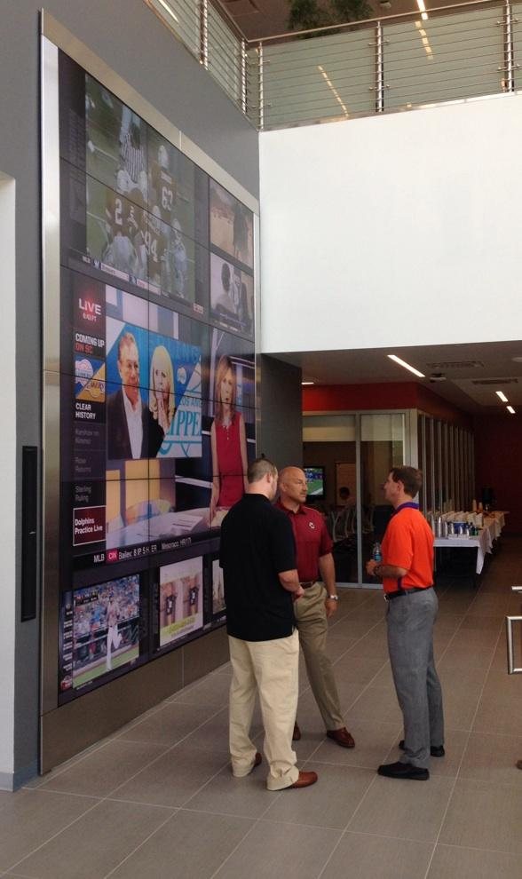 About to get started with the ESPN Carwash, Coach Swinney chats with BC's Coach Addazio in new digital center. http://t.co/E2VfPHsW4p