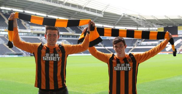 We are delighted to announce the signings of Harry Maguire and Andy Robertson #WelcomeHarry #WelcomeAndy #UTT http://t.co/yMbvNCms5I